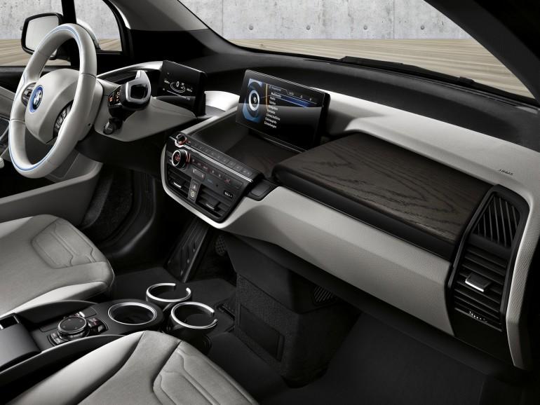 BMWi32016-014