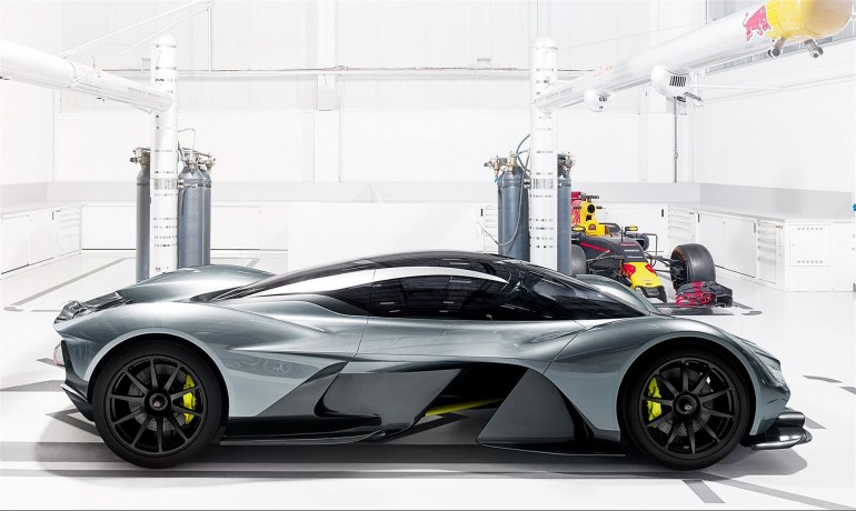 AstonMartin AM-RB 001-004