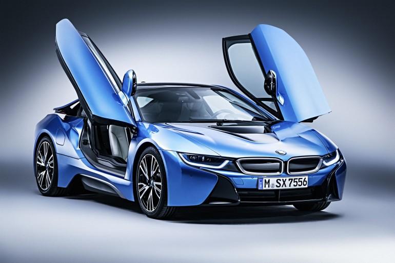 BMWi8-001