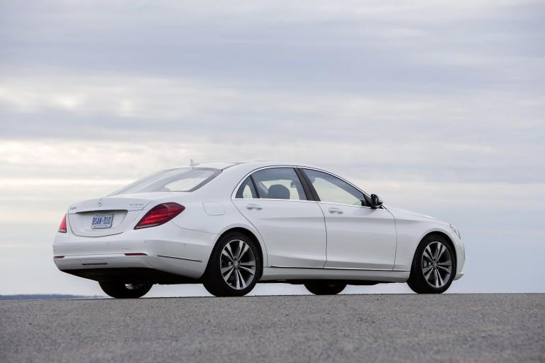 Mercedes-Benz S-Klasse, S 350 BlueTEC, Fahrvorstellung in Kanada (2013), Exterieur ; Mercedes-Benz S-Class, S 350 BlueTEC, driving experience in Kanada (2013), exterior;