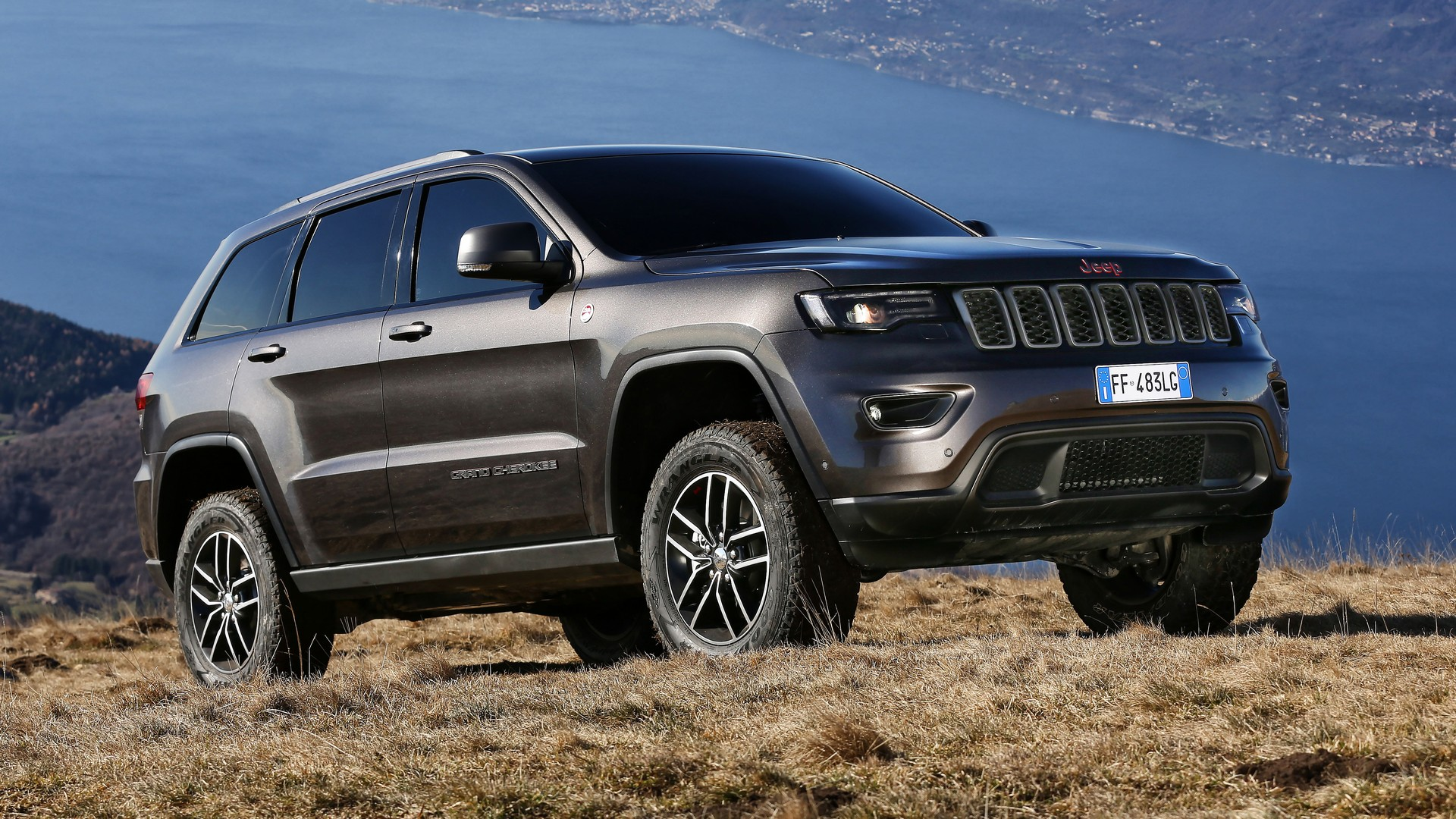 jeep grand cherokee my17. Black Bedroom Furniture Sets. Home Design Ideas