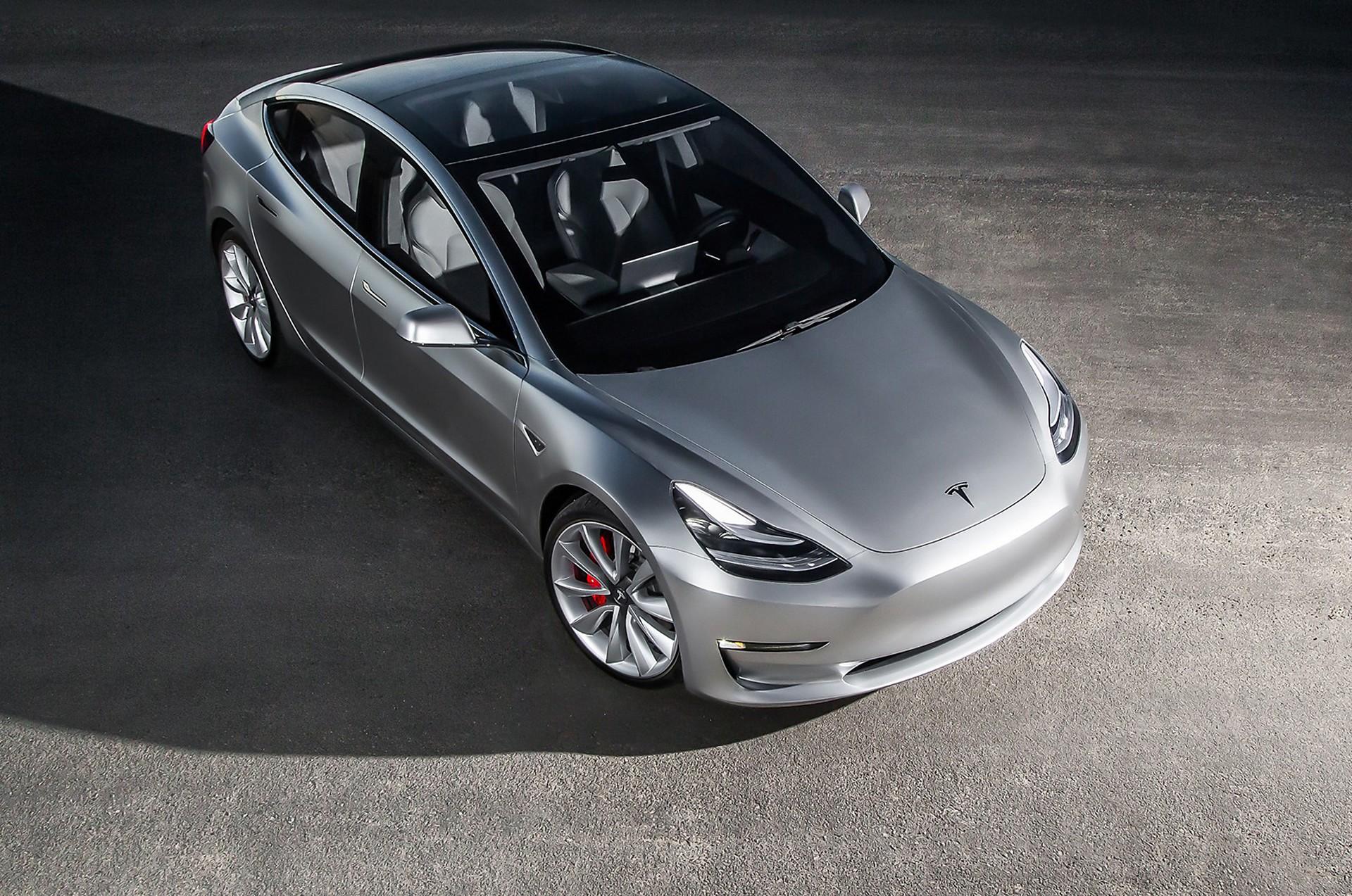 Tesla sorpassa Ford: vale 48 miliardi di dollari