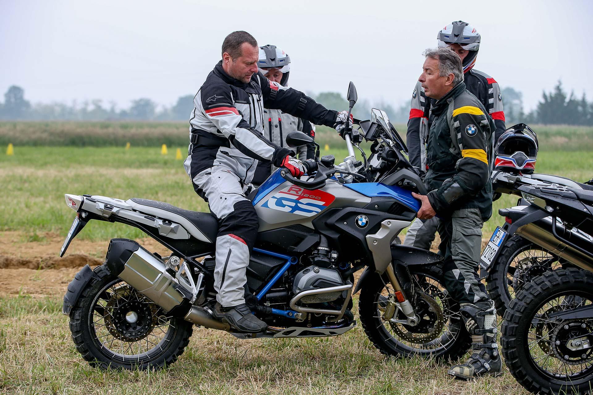 Alla Gs Academy Con Bmw R 1200 Gs Rallye Assetto Sport