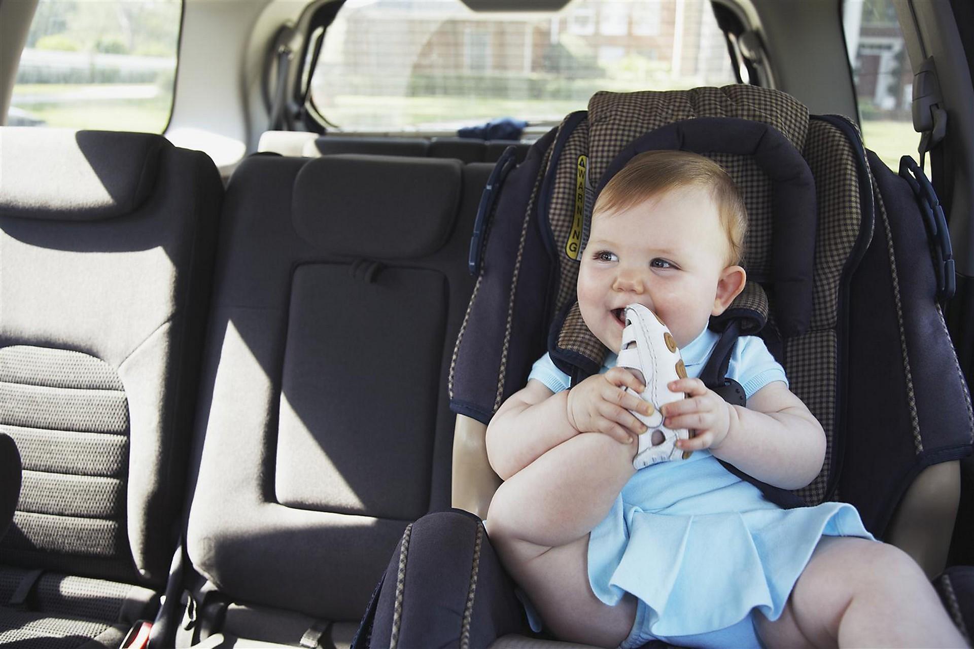 viaggio in auto cosa controllare