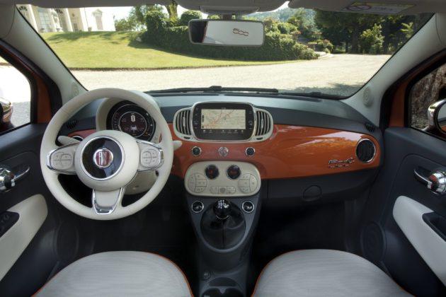 Fiat 500 Anniversario interni