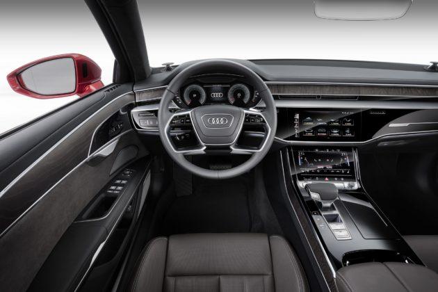 Audi A8 interni