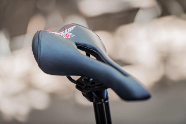 Moto Morini Limited e-Bike, vista sella con ricamo logo