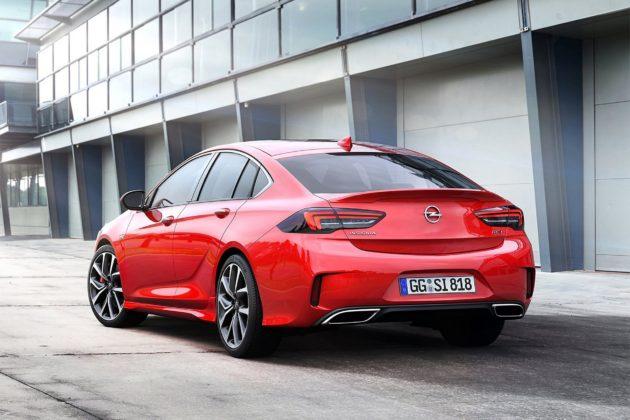Opel Insignia GSi statica