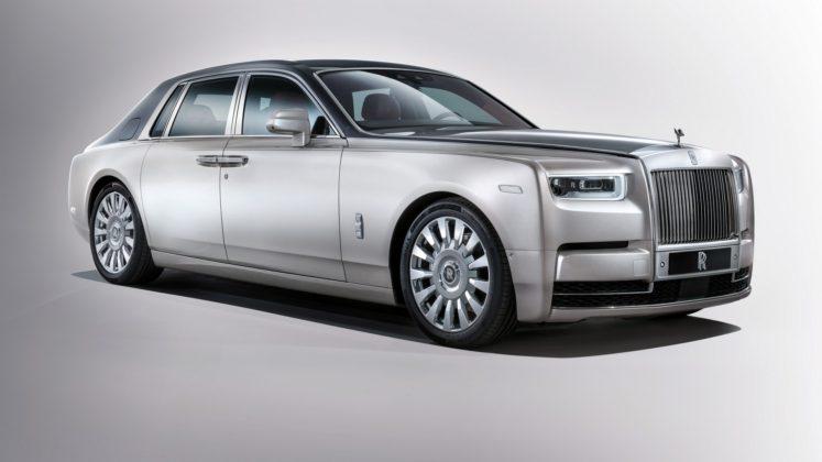 Rolls-Royce Phantom statica