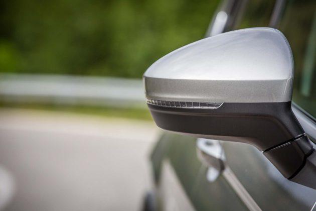 Volkswagen Tiguan 2.0 BiTDI - specchietto