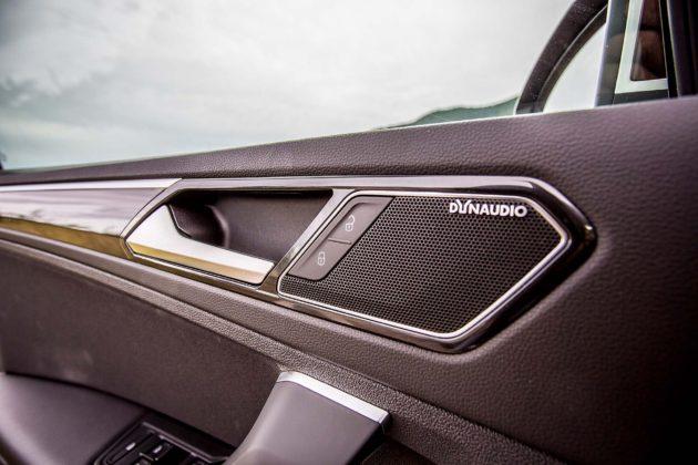 Volkswagen Tiguan 2.0 BiTDI - stereo