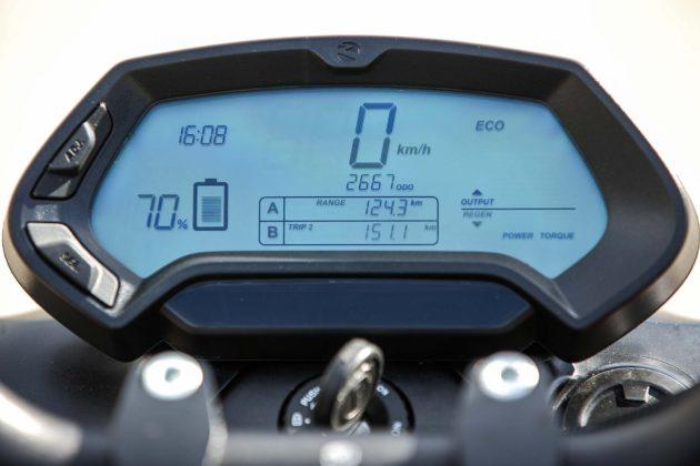 Zero Motorcycles SR - strumentazione