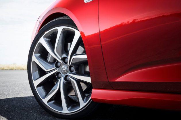 Opel Insignia GSi Sports Tourer dettaglio