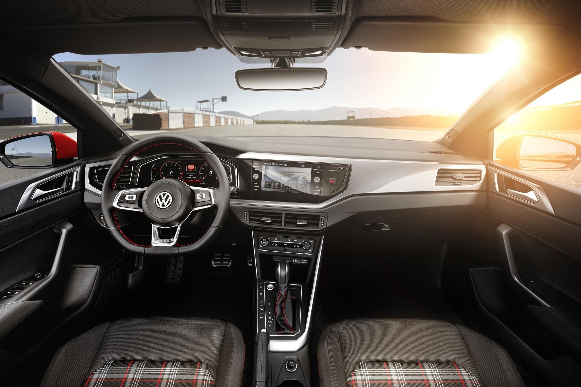 Volkswagen Polo GTI 2018 interni