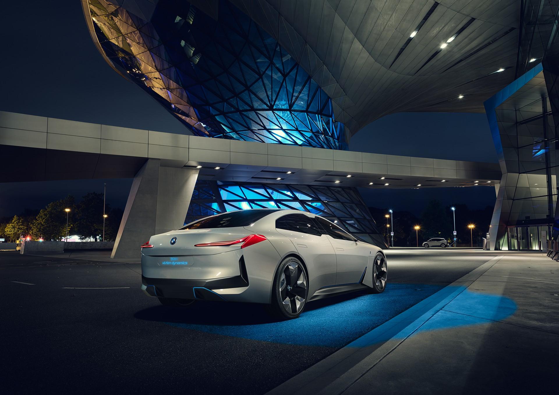 Salone di Francoforte: BMW i Vision Dynamics, lusso a elettroni