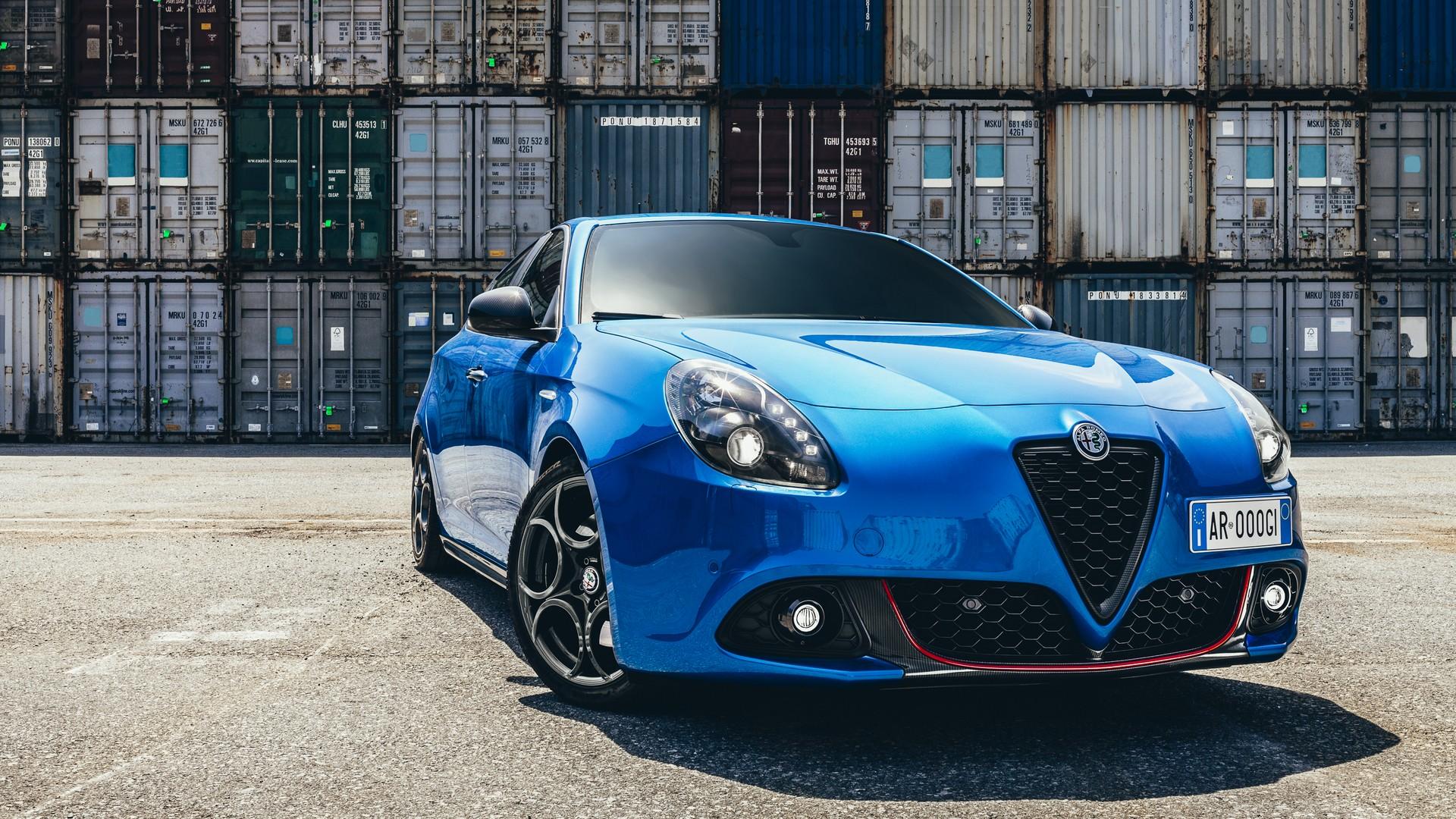 Alfa Romeo Stelvio Quadrifoglio, il suv più veloce sul Nürburing