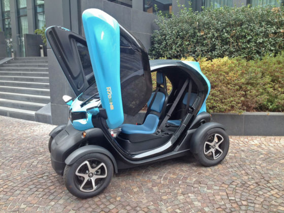 RENAULT TWIZY-MODEL YEAR 2017 statica lato