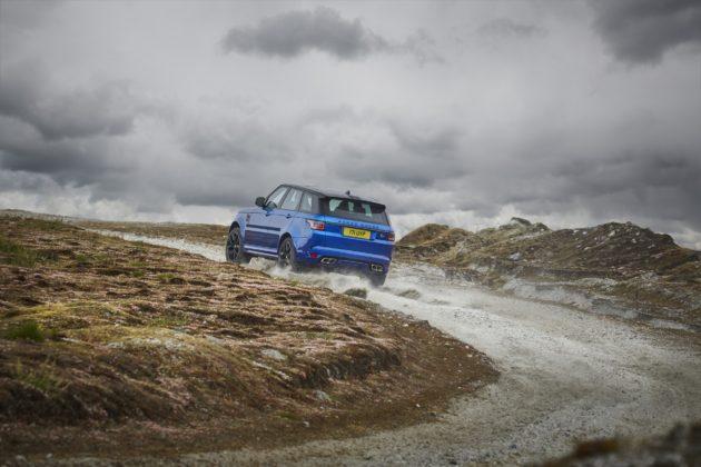 Range Rover Sport SVR 2018 dinamica