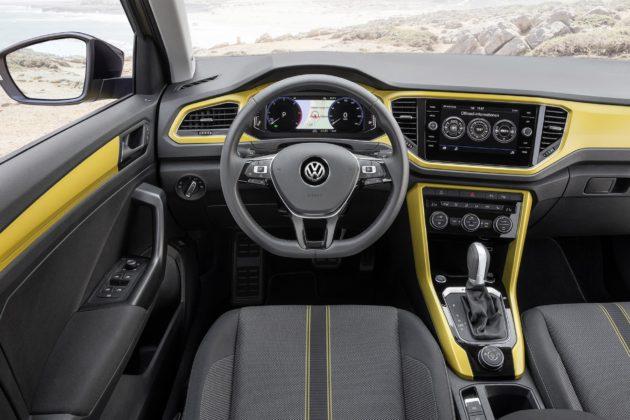 Volkswagen T-Roc abitacolo