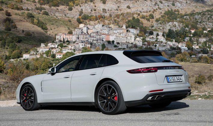 Porsche Panamera Sport Turismo Statica posteriore