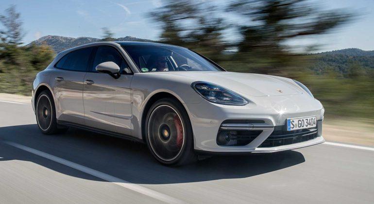 Porsche Panamera Sport Turismo movimento 3/4 anteriore