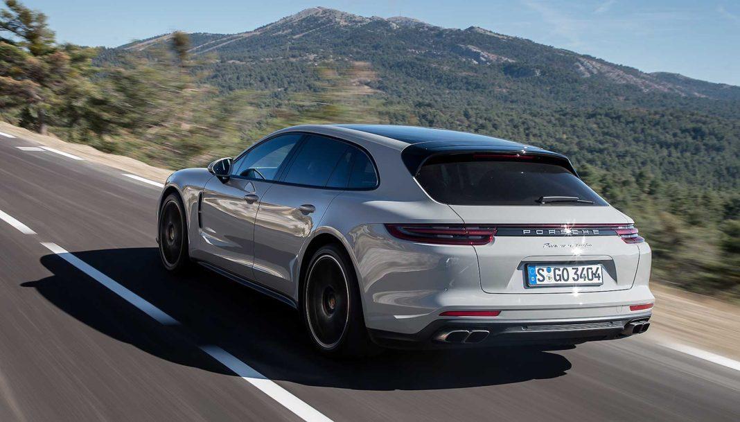 Porsche Panamera Sport Turismo camera car