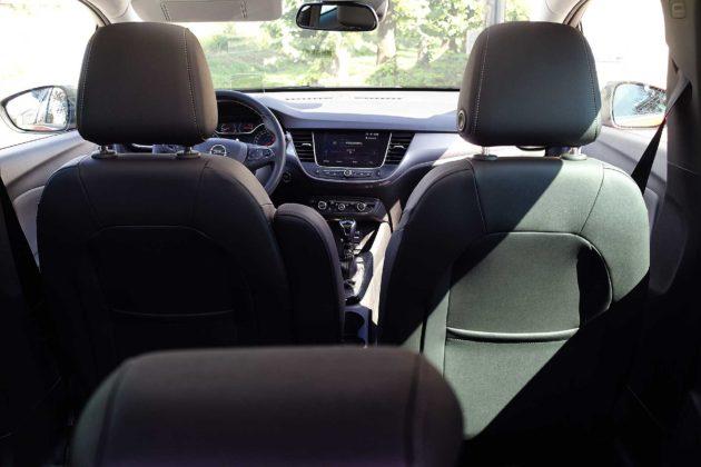 Opel Crossland X interni