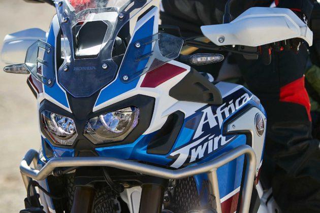 Honda CRF1000L Africa Twin Adventure Sports dettaglio fanali