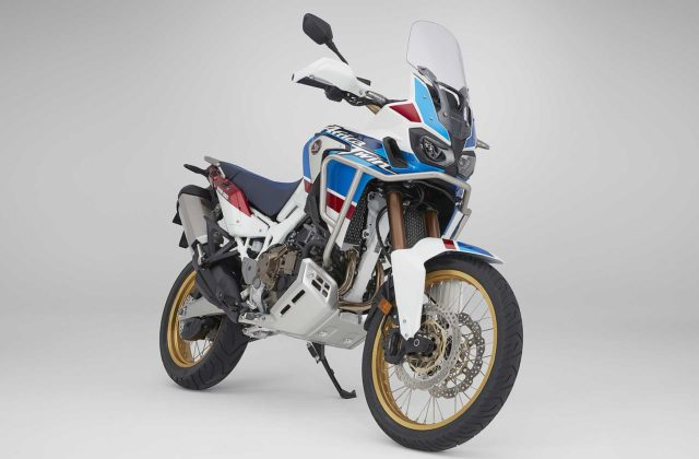 Honda CRF1000L Africa Twin Adventure Sports frontale laterale