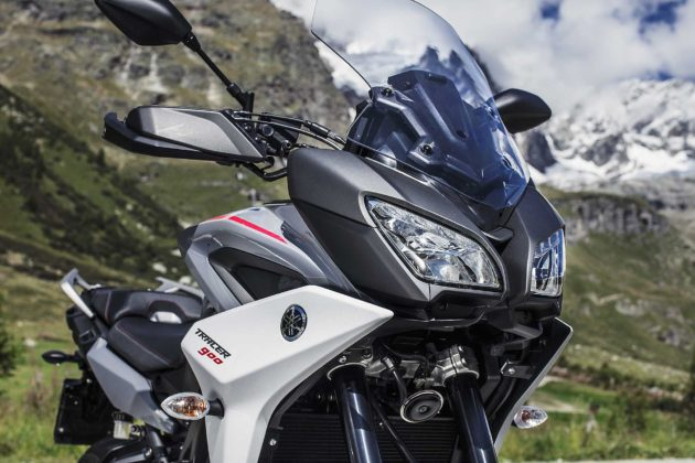 Yamaha Tracer 900 e Tracer 900 GT 2018 frontale fanali