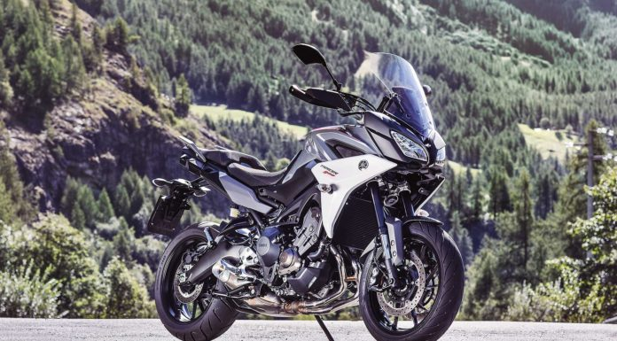 Yamaha Tracer 900 e Tracer 900 GT 2018 ambientata