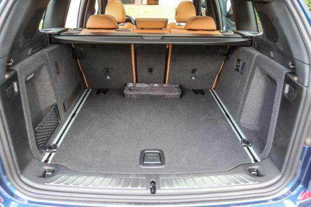 Il bagagliaio della BMW X3 2018, con volume dai 550 ai 1600 litri