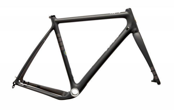 Bicicletta Ibis Hakka MX, telaio nero