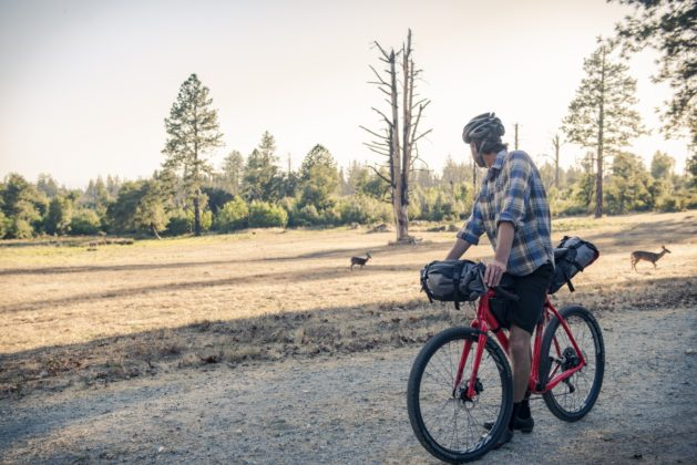 Bicicletta Ibis Hakka MX, foto con bagagli