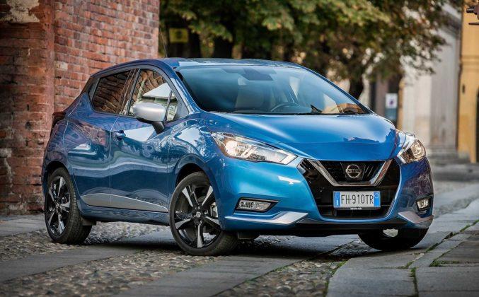 Nissan Micra IGT N-Connecta blu anteriore statica campagna