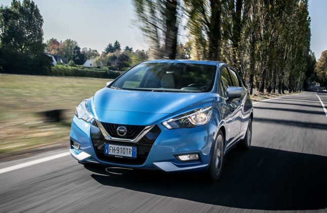 Nissan Micra IGT N-Connecta blu statica frontale