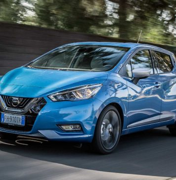 Nissan Micra IGT N-Connecta blu statica anteriore