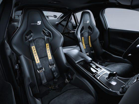 Jaguar XE SV Project 8 interni