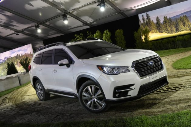 la nuova suv extra large subaru ascent. Black Bedroom Furniture Sets. Home Design Ideas