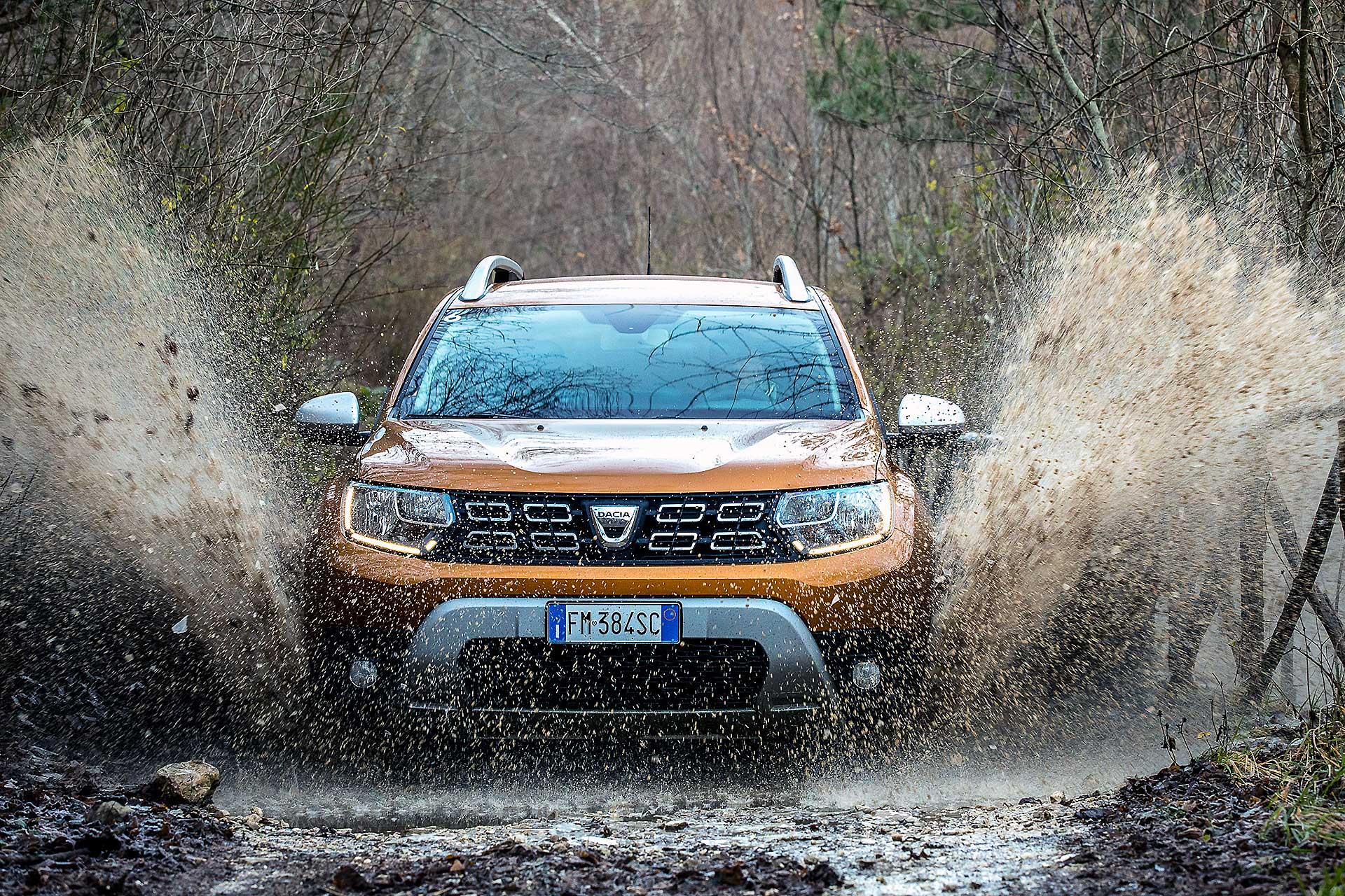 Dacia Duster 2018 gialla guado