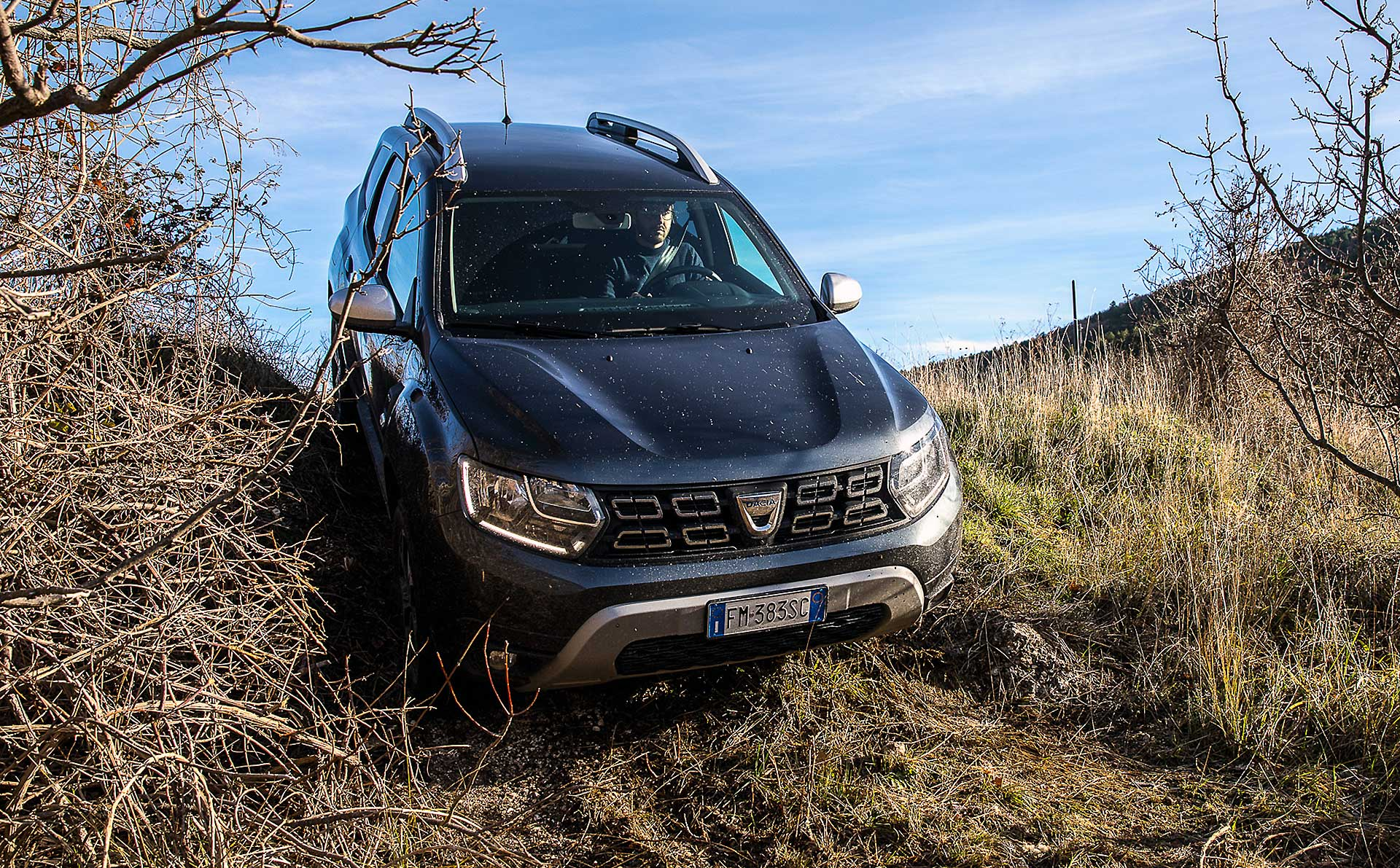 Dacia Duster 2018 movimento off road discesa ripida
