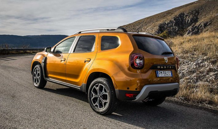 Dacia Duster 2018 movimento 3/4 posteriore