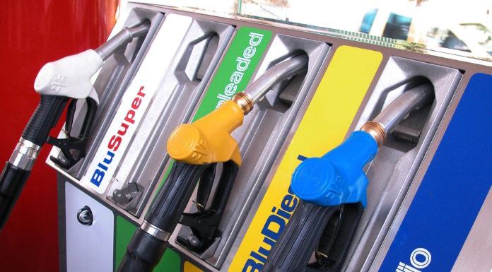 Distributore Benzina Eni Carburanti