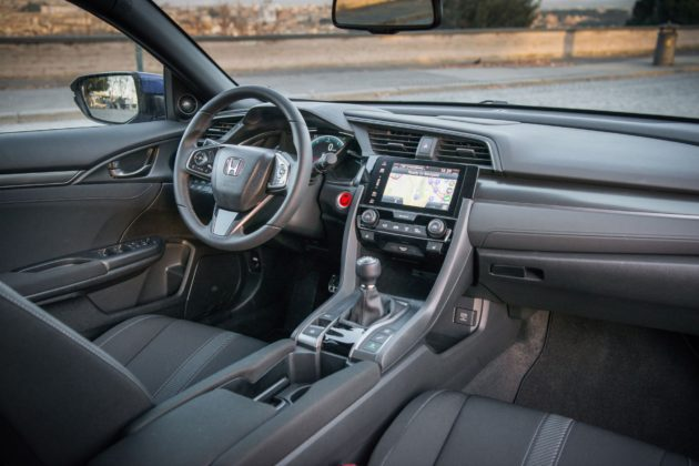 Honda Civic i-DTEC con infotainment Honda Connect