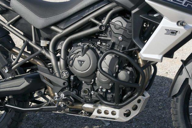 Triumph Tiger 800 2018 particolare motore