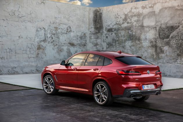 Nuova BMW X4 3/4 laterale posteriore sinistra statica