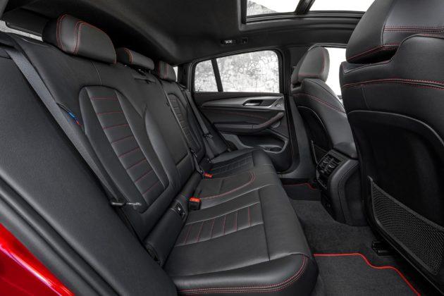 Nuova BMW X4 dettaglio sedili posteriori