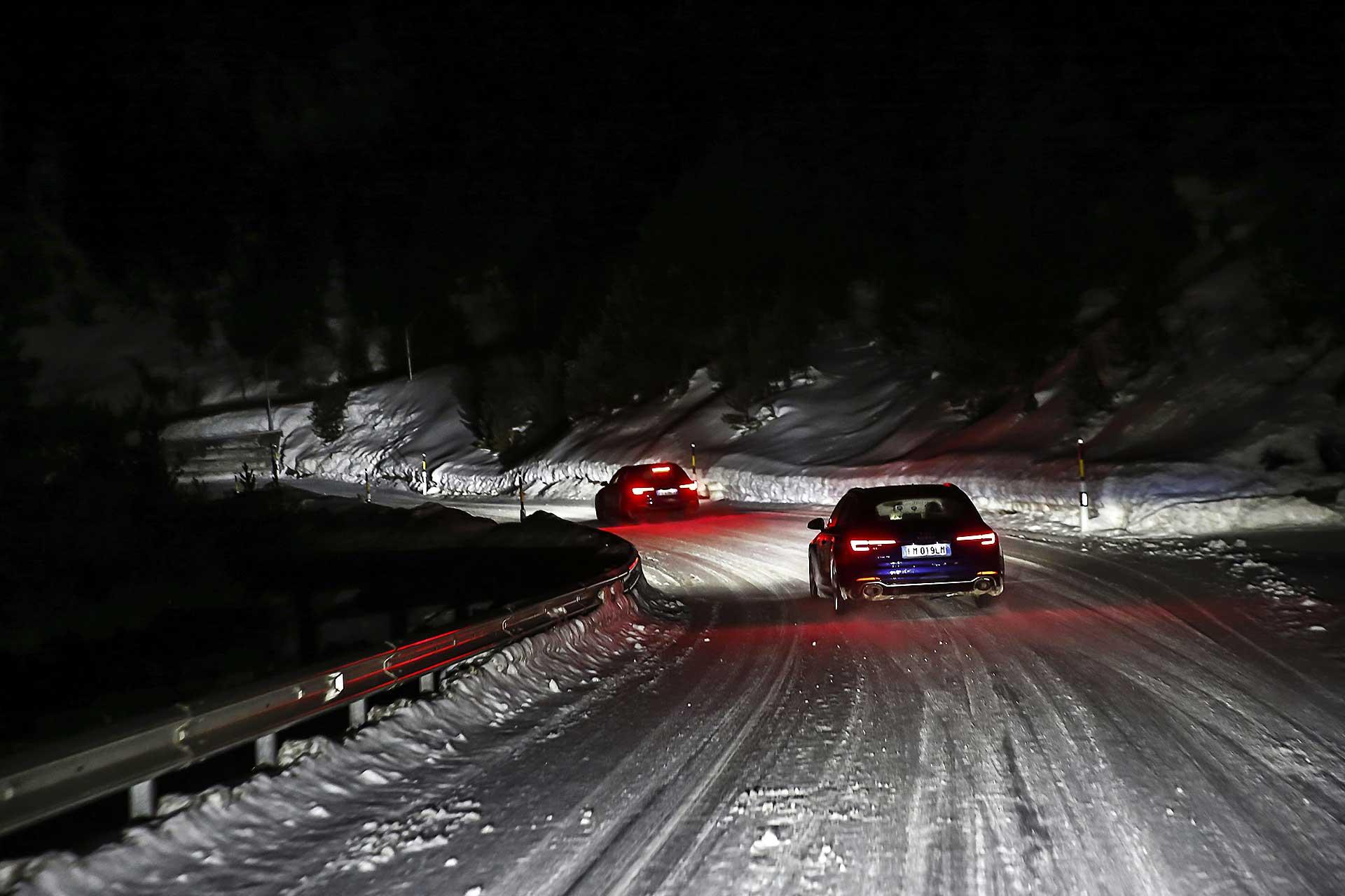Audi RS4 2018 20Quattro Ore delle Alpi passo alpino di notte con neve