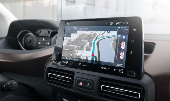 Peugeot Rifter dettaglio schermo centrale
