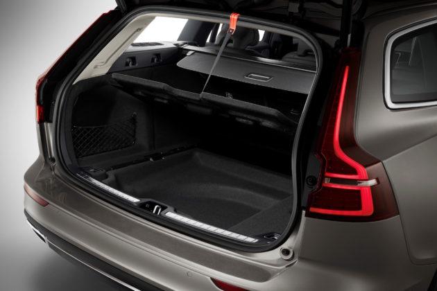 Nuova Volvo V60 dettaglio bagagliao aperto